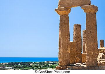 ruins of Temple of Juno (Hera) in Agrigento - travel to...