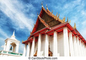 Wat Kalauanamit Temple, Bangkok, Thailand - Royal buddha...