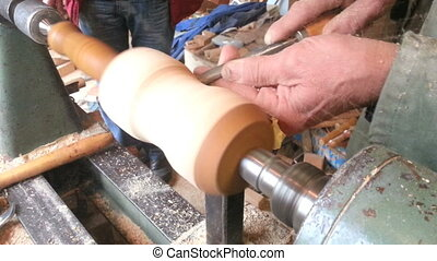 Wooden Lathe Turning - Turning with Old Traditional Wooden...