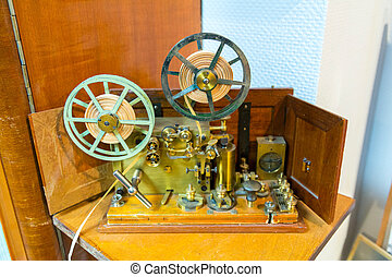 Morse electric telegraph - The apparatus of the electric...