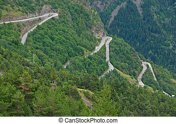 Alpe dHuez - Curve 9-11-13 - The famous hairpin curves of...