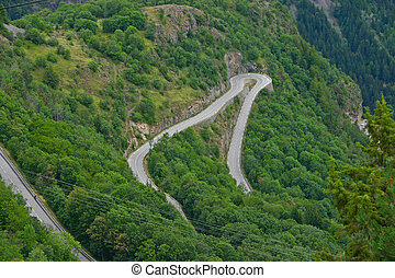Alpe dHuez - Curve 9 - The famous hairpin curves of Alpe...