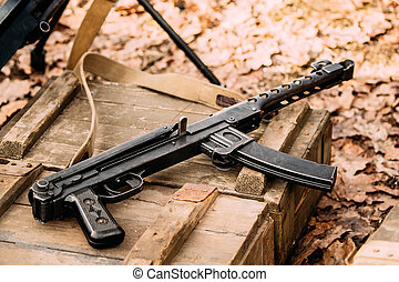 Soviet Russian Red Army Submachine Gun PPS-43 Of World War Ii Ly