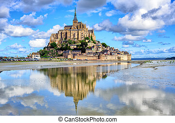 Le Mont-Saint-Michel island, Normandy, France - Le...