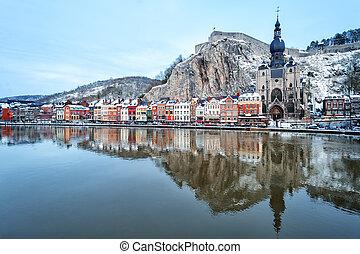 The citadel, Collegiate Church and Meuse, Dinant, Belgium -...