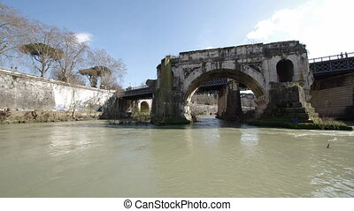 Ponte Rotto in Rome - Ponte Rotto ancient destroyed bridge...
