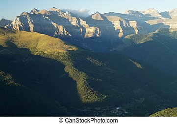 Ordesa National Park - Rocky buttresses in Ordesa National...