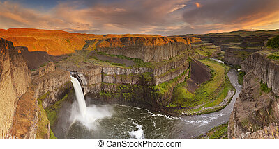 Palouse Falls in Washington, USA at sunset