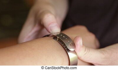 Bracelet Gauge Wrist and Bracelet Sizes - Shot of Bracelet...