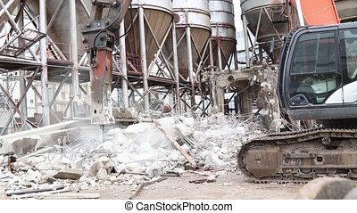 Excavator with rock breaker including sound - the...