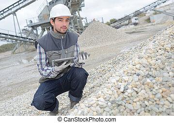 grading the gravel