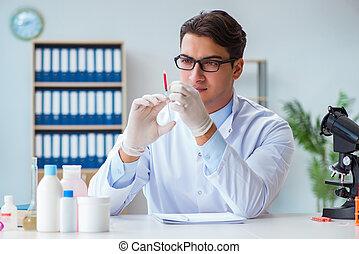 trabajando, sangre, muestras,  doctor