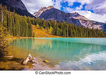 Mountain Yoho Park - Mountain Emerald lake. The smooth...