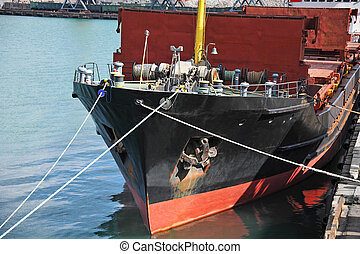 Anchor and mooring windlass - Anchor and mooring mechanism...