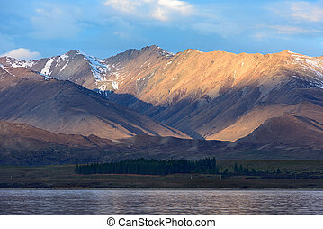 Mountain of Lake Tekapo, New Zealand.