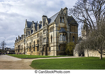 christ church cathedral in Oxford, England - people visit...