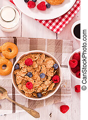 Breakfast with wholegrain cereals.