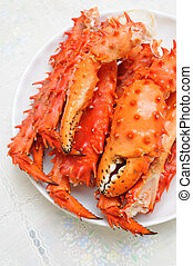 Alaskan king crab legs - Plate of prepared Alaskan king carb...