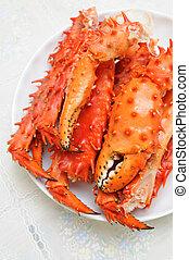 Alaskan king crab legs - Plate of prepared Alaskan king carb...