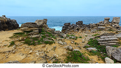 Atlantic rocky coast (Portugal). - Summer Atlantic Ocean...