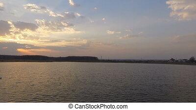 flug, aus, Sonnenuntergang, Ansicht, Luftaufnahmen, weißes, boot, Mann