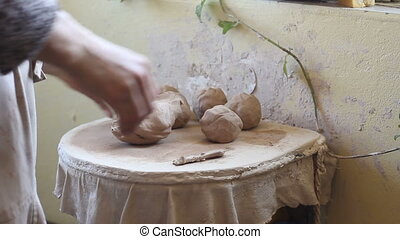 Pottery workshop, clay balls - Pottery workshop, ceramist...