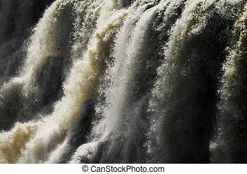 Victoria falls zoomed in