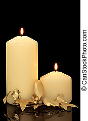 Christmas Candles, Holly and Ivy - Christmas candles and...