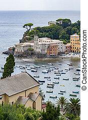 The bay of Sestri Levante - View over the baia del silenzio...