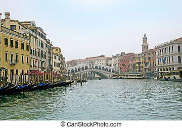 Ponte di Rialto - Splendido ponte di Rialto - Venezia,...