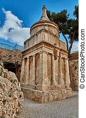 Absalom tomb, Jerusalem