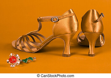 latin dance shoes - Latin dance shoes with little flower...