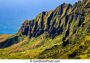 Kalalau valley cliffs at Na Pali coast, Kauai, Hawaii -...