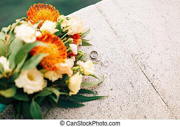 Wedding rings and bunch of Proteus, Verdure Italian ,...