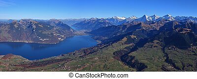 Autumn day in the Bernese Oberland - Beautiful autumn day in...