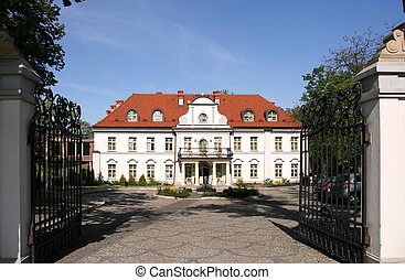 Old palace - Palace serving as a hotel in Poland (Czarny...