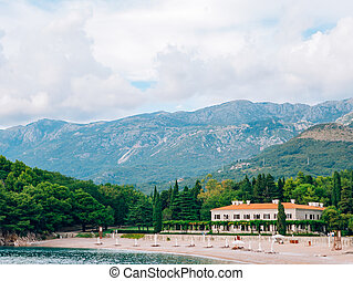 The Villa Milocer is one of the most beautiful resorts of the Bu