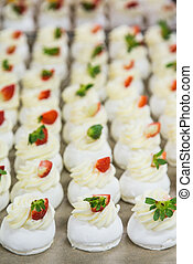 Cooking Macaroons in Commercial Kitchen - Cooking Many...