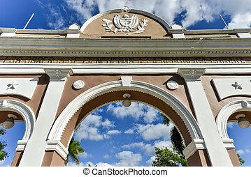 Triumphal Arch - Cienfuegos, Cuba - The Arch of Triumph in...