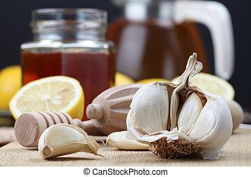 Natural medicine - Honey, lemon and garlic as natural...