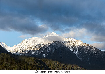 snow capped mountains - the snow capped mountains in bone ,...
