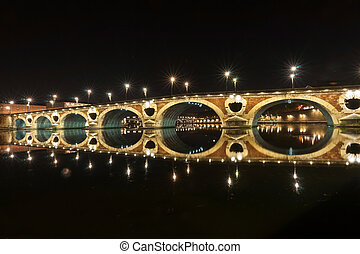 Night scenes of Toulouse archtitecture, bridges and streets....
