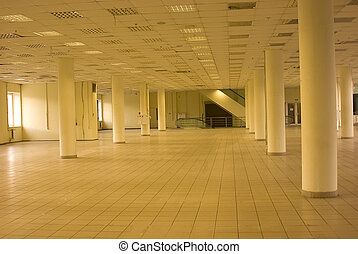 Empty commercial housing in shopping centre