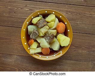 Tas kebap - Turkish dish of veal
