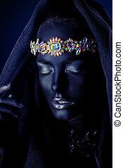 diadem with precious stones - Fashion portrait of a...