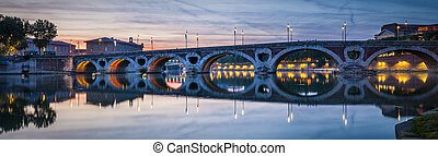 Panorama of Pont Neuf in Toulouse - Evening panorama of...