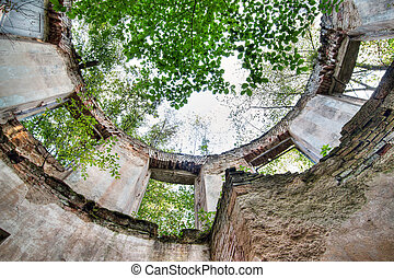 Abandoned old ruin in the woods - Summerhouse, Czech...