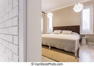 Bed with wooden headboard - Big white bed with wooden...