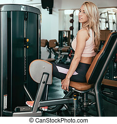 Adduction Machine Girl - Adduction or abductor machine -...