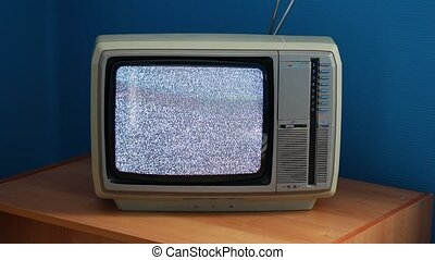 TV no signal - No signal just noise on old analogue TV set